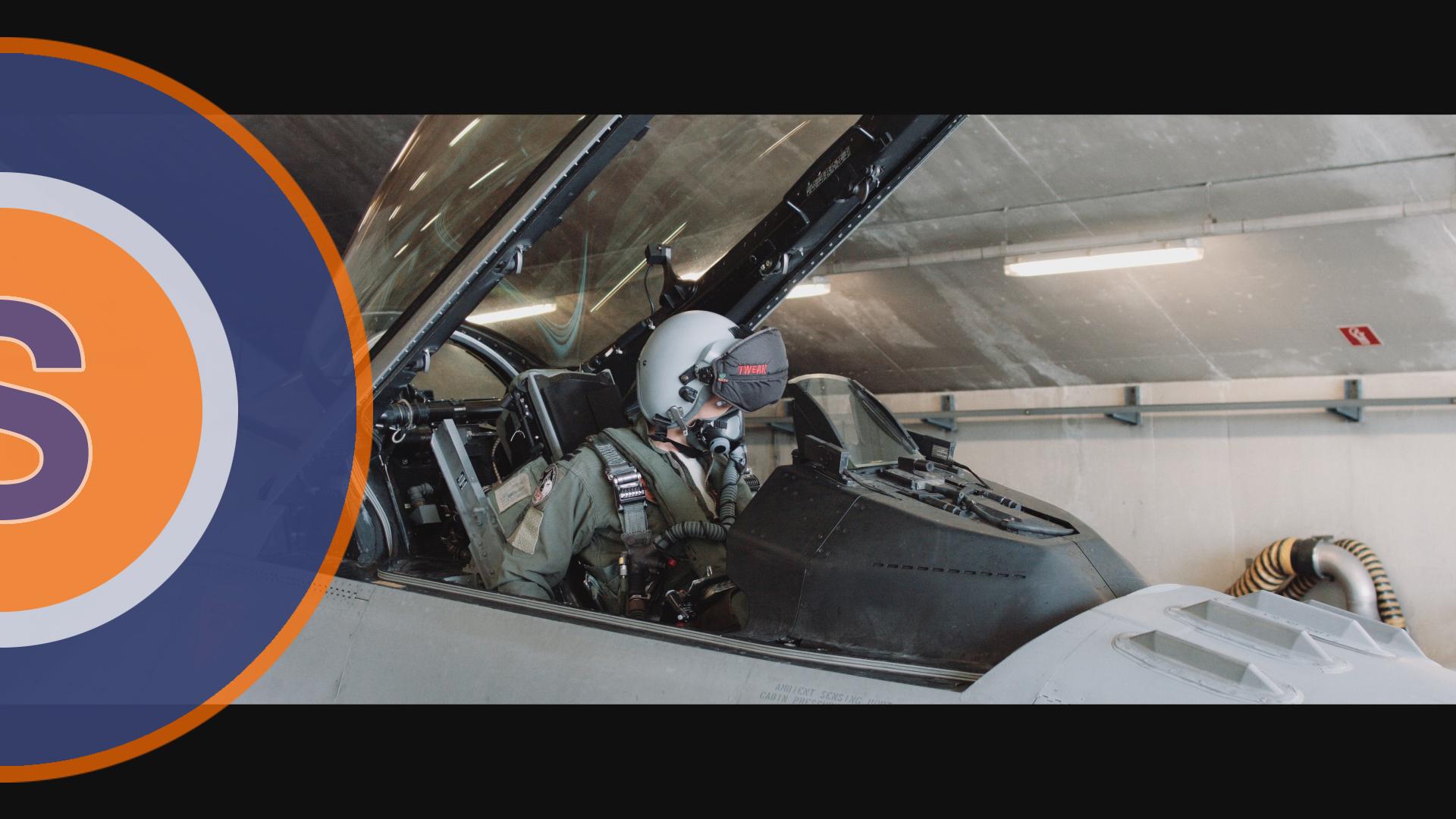 F-16 Vlieger Klaar om op te stijgen